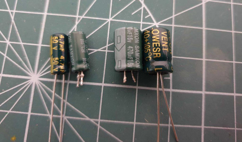 TP-Link HS110 - конденсаторы